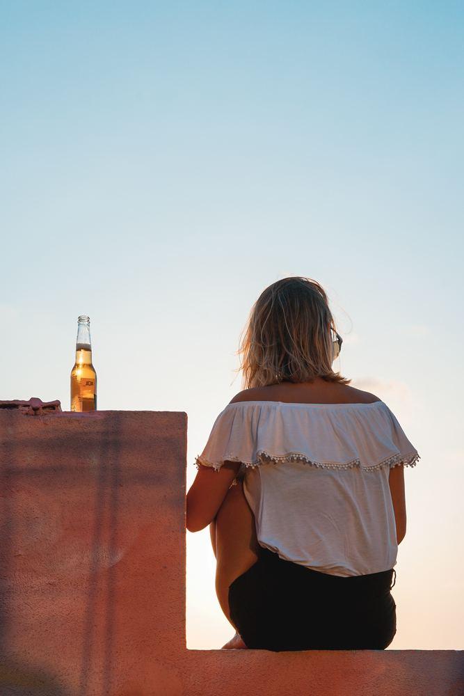 Alkohol på alenetiden?